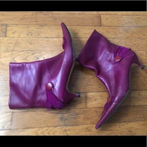 Sz39 D&G Pointed Toe Purple Leather Ankle Booties